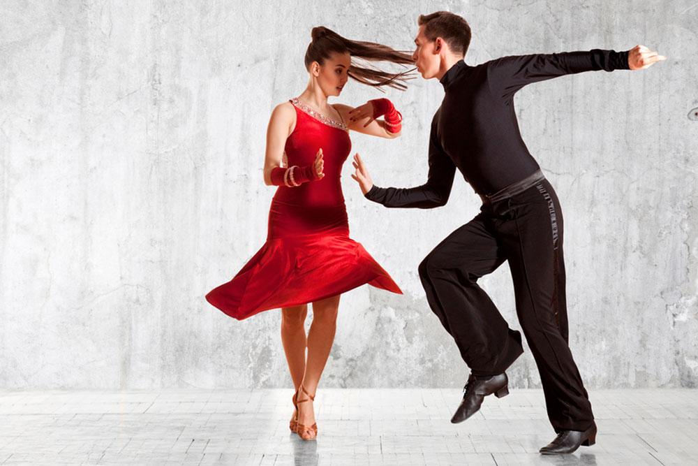 bailarines espectáculos en sevilla